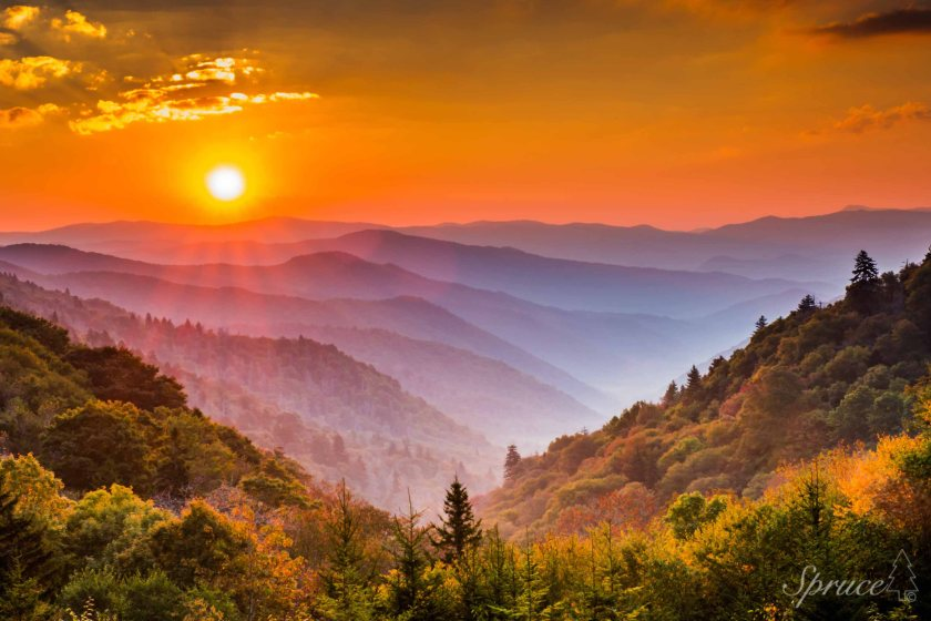 Smoky Mountain Sunrise (C) Barry Spruce Photography